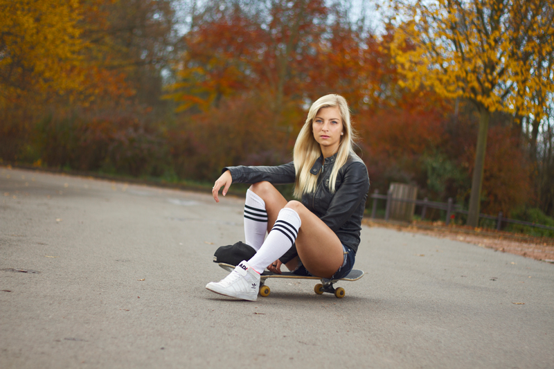 Skateboard Girl Knee Socks Available Light Canon 7D Yongnuo